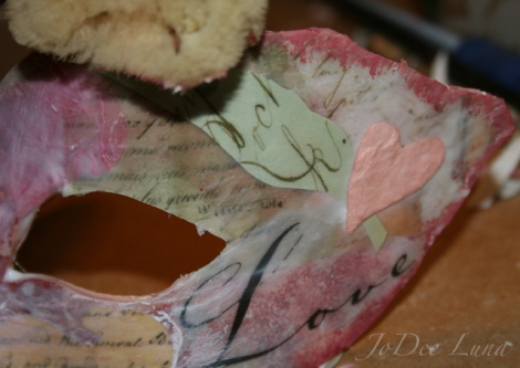 sponging mask edges