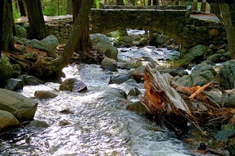 Yosemite Stream 960