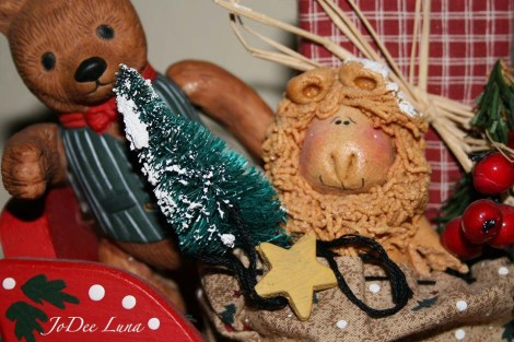 Dough Art Lion in Sleigh